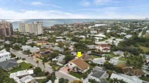 470 Mars Way, Juno Beach, FL 33408
