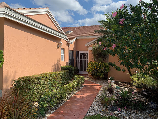 5779 Royal Lake Circle  Boynton Beach FL 33437