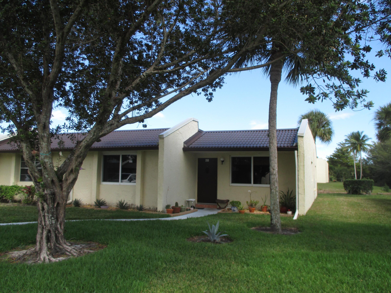 208 Lake Meryl Drive West Palm Beach FL 33411