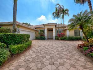 33 Bermuda Lake Drive, Palm Beach Gardens, FL 33418