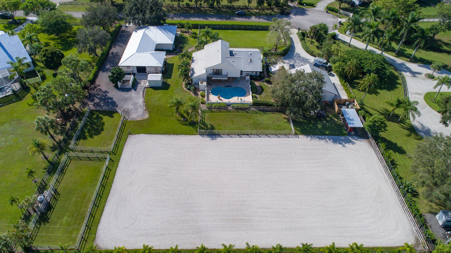 Wellington, Florida 33414, 5 Bedrooms Bedrooms, ,4 BathroomsBathrooms,Residential,For Sale,Oatland,RX-10510919