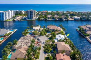 972 Dogwood Drive Delray Beach FL 33483