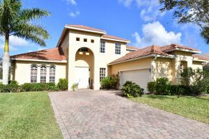 477 NW Dover Court, Port Saint Lucie, FL 34983