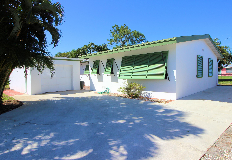 836 Buttonwood Road North Palm Beach FL 33408