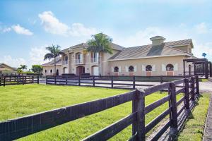 14596 Belmont Trace - Stalls, Wellington, FL 33414