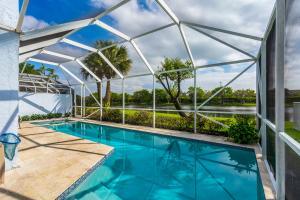 9286 Heathridge Drive, West Palm Beach, FL 33411