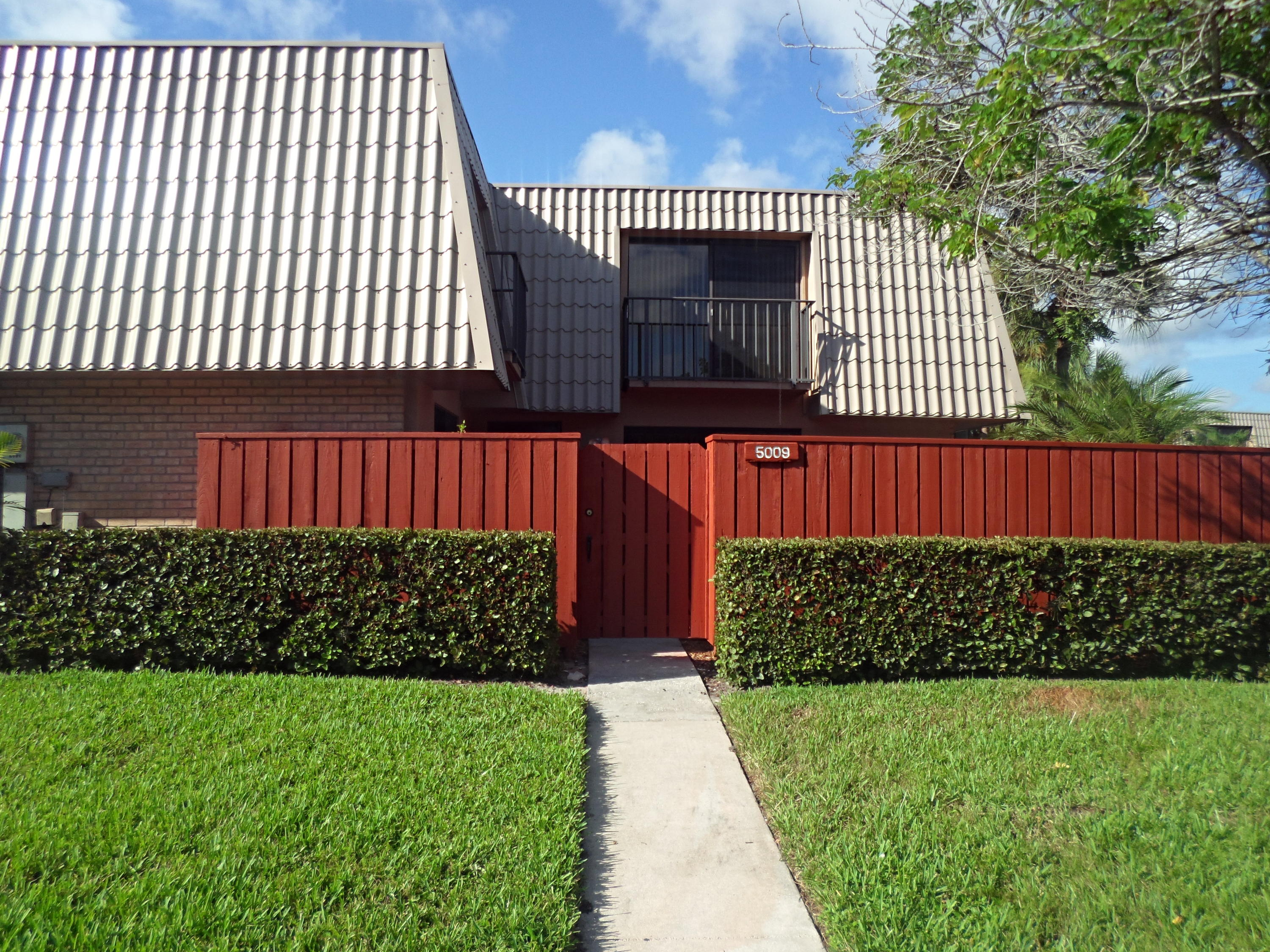 Home for sale in VILLAGE OF SANDALWOOD LAKES SOUTH West Palm Beach Florida