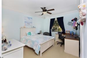 809 Ne 71st Street Boca Raton FL 33487