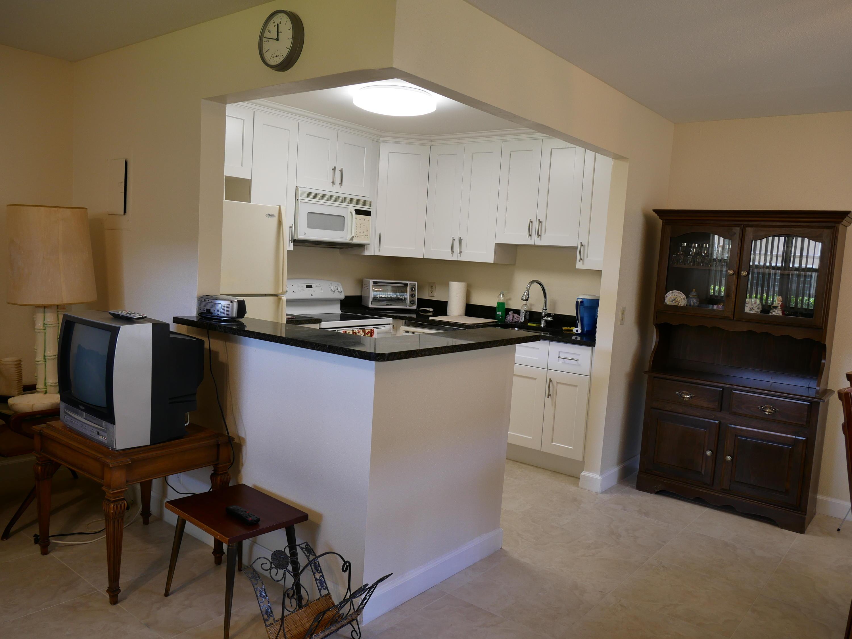 635 Brittany N, Delray Beach, Florida 33446, 1 Bedroom Bedrooms, ,1.1 BathroomsBathrooms,Condo/Coop,For Rent,Brittany N,1,RX-10511325