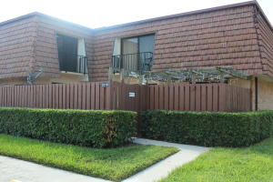 2318 23rd Lane, Greenacres, FL 33463