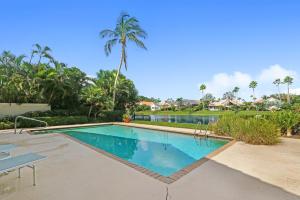 13765 Le Havre Drive, Palm Beach Gardens, FL 33410