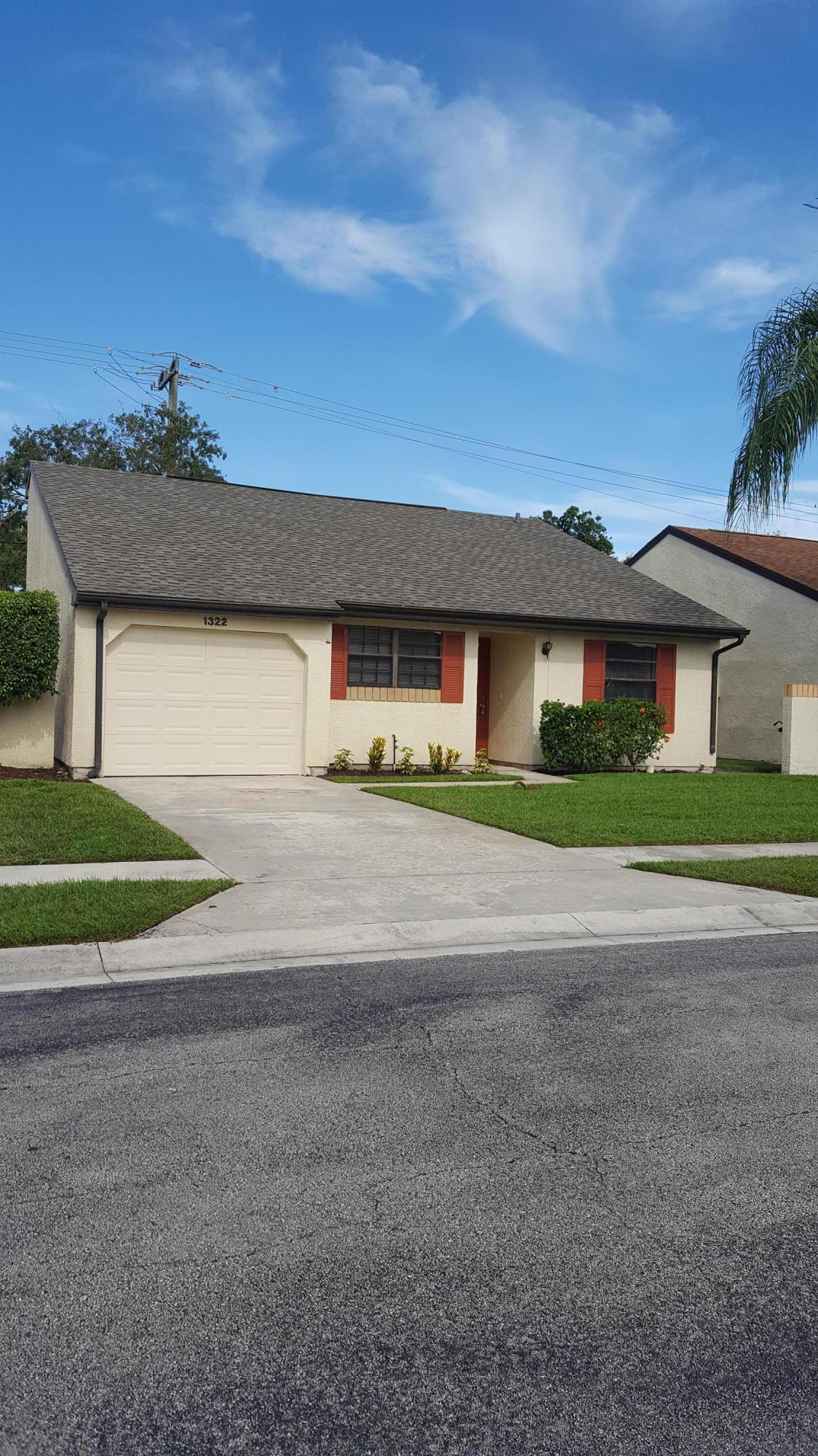 1322 Carrington Court, Port Saint Lucie, Florida 34952, 2 Bedrooms Bedrooms, ,2 BathroomsBathrooms,Single Family,For Sale,Walton Court,Carrington,RX-10511789