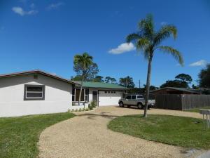 2237 SE Harrison Street, Stuart, FL 34997