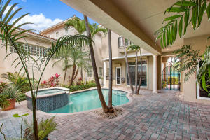 1002 Grand Court Highland Beach FL 33487