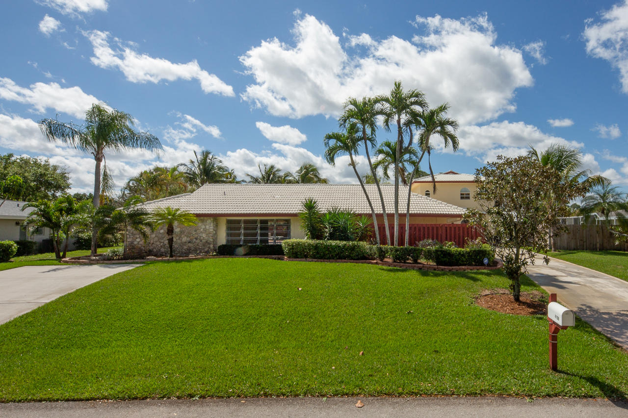4158 Oak Street Palm Beach Gardens FL 33418