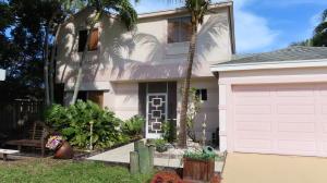 18636 Shauna Manor Drive, Boca Raton, FL 33496