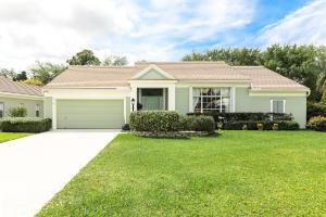 10215 Hunt Club Lane, Palm Beach Gardens, FL 33418