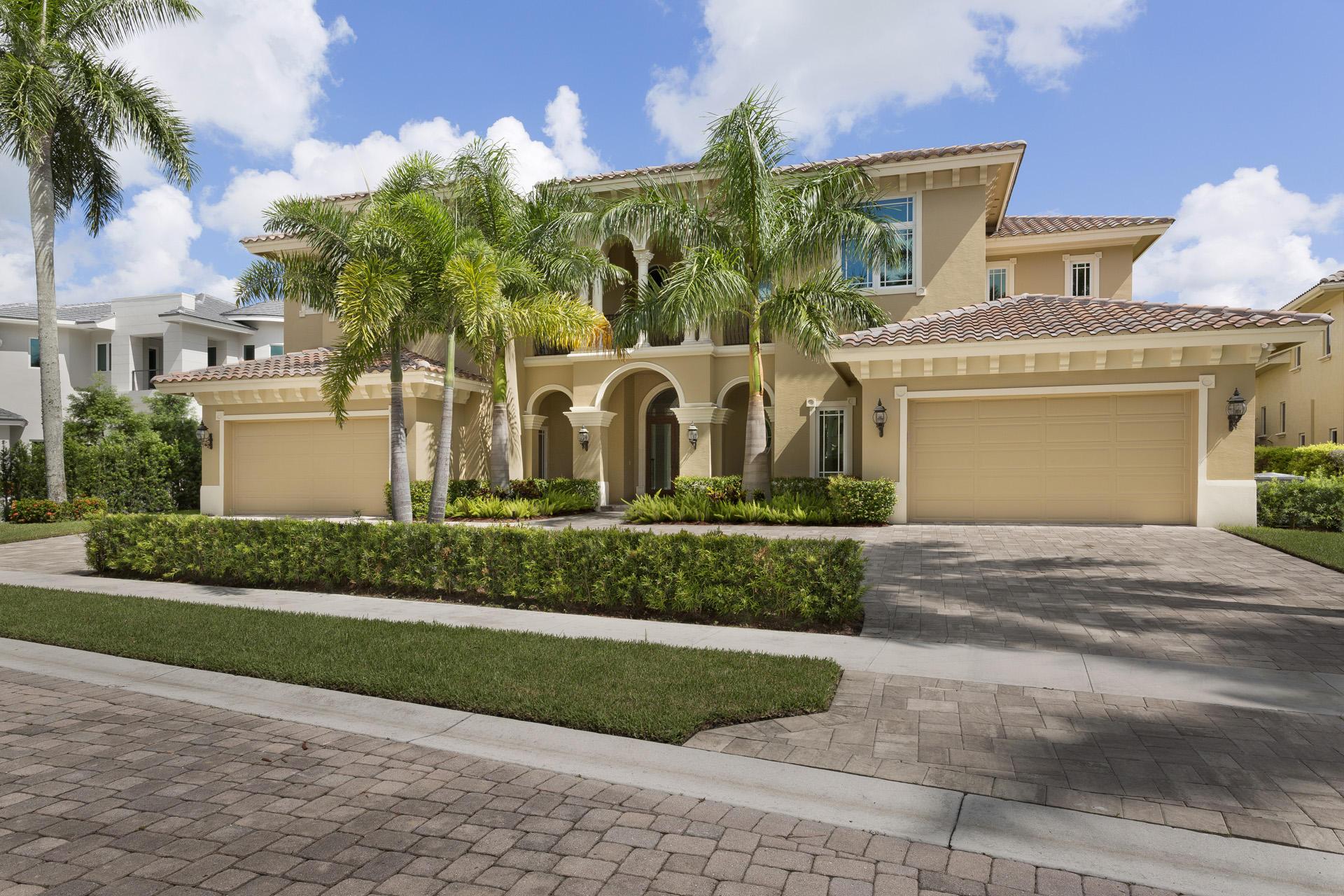 17114  Avenue Le Rivage   For Sale 10463685, FL