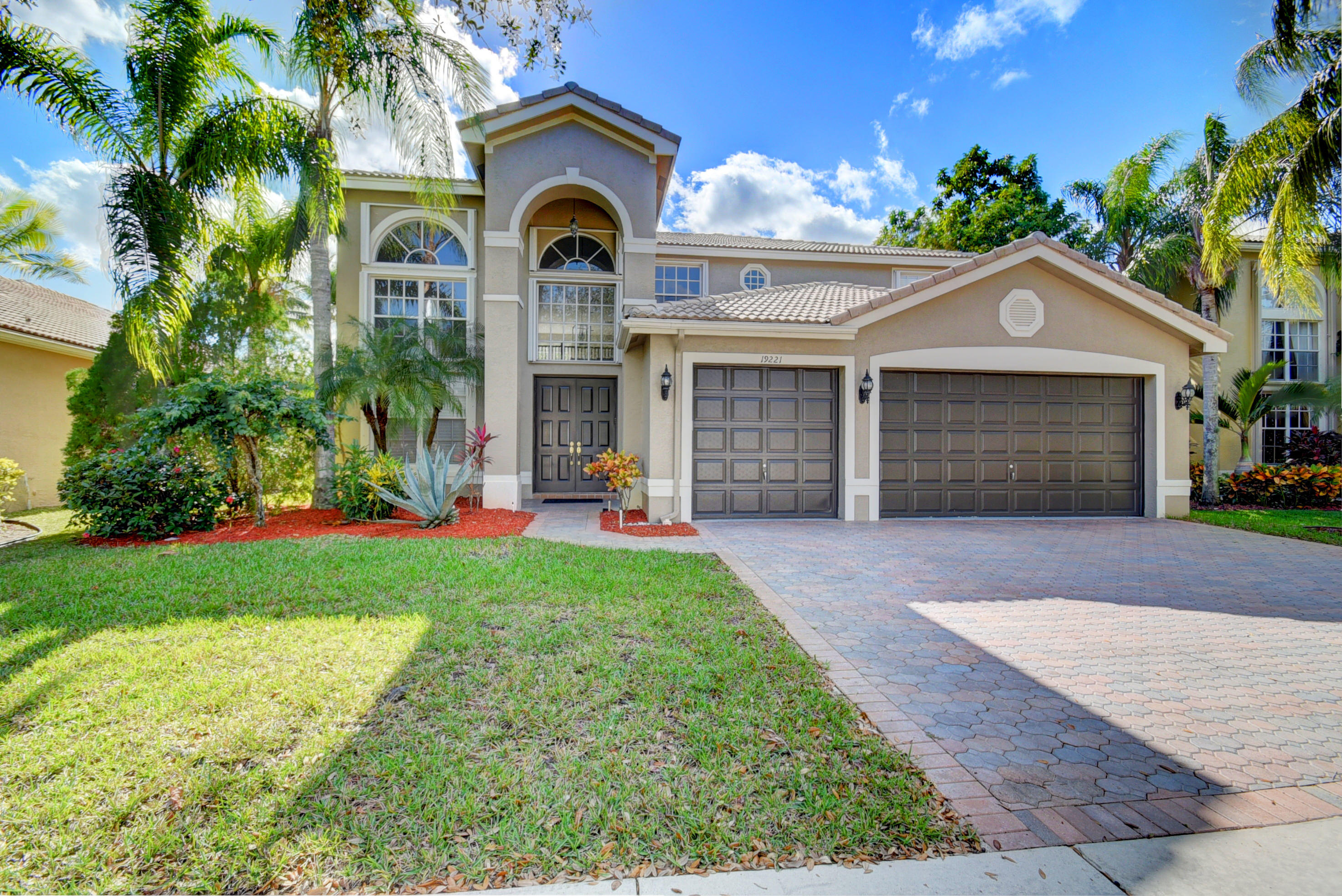 19221 Skyridge Circle Boca Raton, FL 33498
