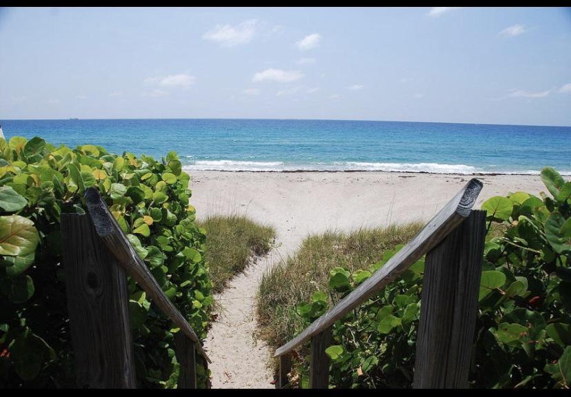 2840 S Ocean Boulevard Palm Beach FL 33480
