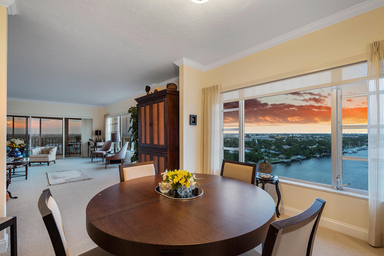 400 Seasage Drive, Delray Beach, Florida 33483, 2 Bedrooms Bedrooms, ,2 BathroomsBathrooms,Condo/Coop,For Sale,Seagate Manor,Seasage,11,RX-10510392