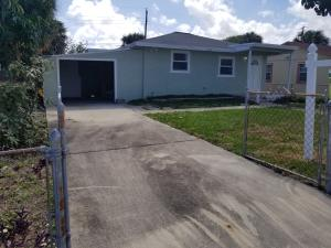 1565 W 17th Street, Riviera Beach, FL 33404