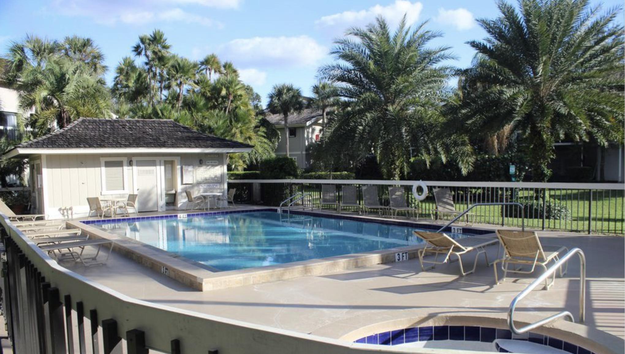 Wellington, Florida 33414, 2 Bedrooms Bedrooms, ,2 BathroomsBathrooms,Residential,For Sale,Wimbledon,RX-10512946