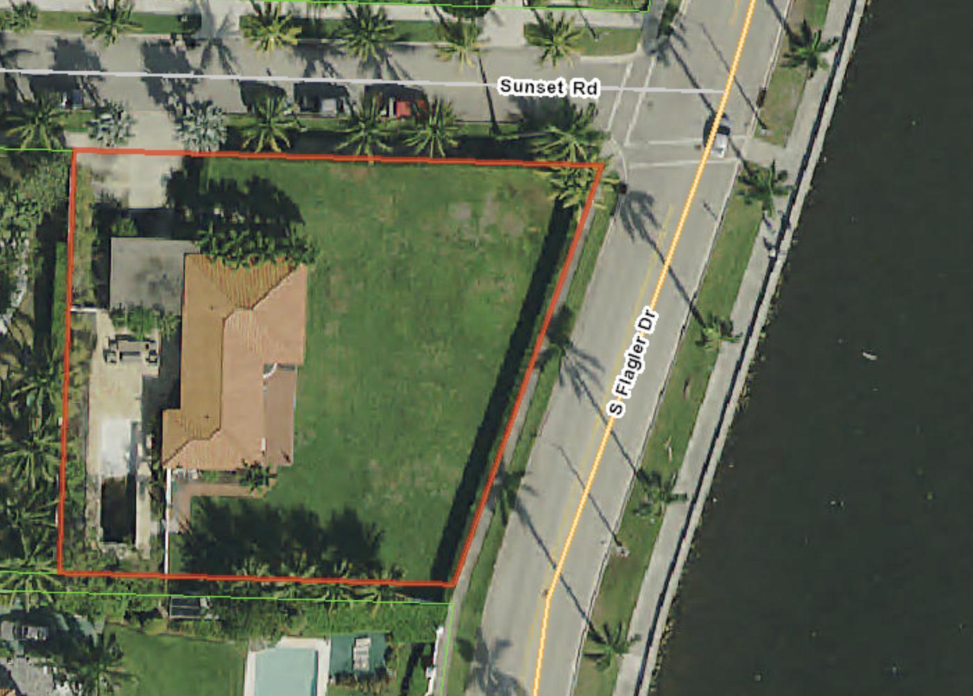 2501 Flagler Drive, West Palm Beach, Florida 33401, 3 Bedrooms Bedrooms, ,2 BathroomsBathrooms,Single Family,For Sale,Flagler,RX-10512987