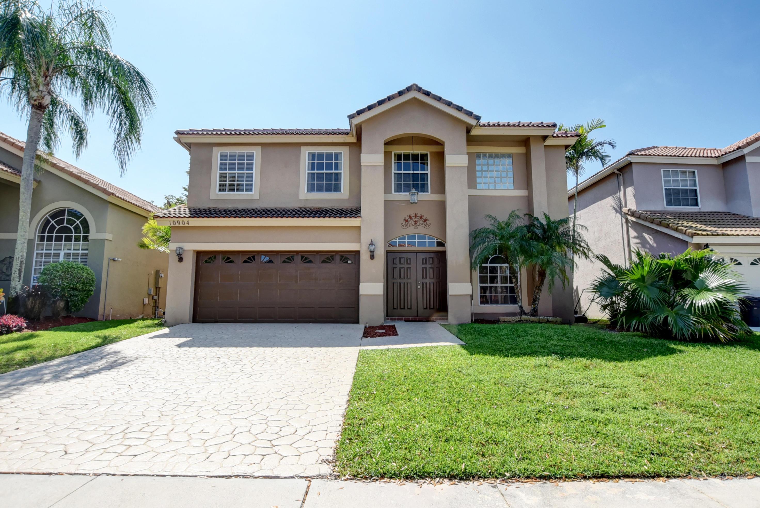 10904 La Salinas Circle Boca Raton, FL 33428
