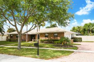 6821 S Grande Drive, Boca Raton, FL 33433