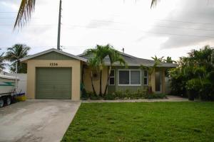 1226 NW 7th Street, Boynton Beach, FL 33426