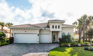 Stunning Jupiter Country Club upgraded Aviano model home with designer upgrades & built-ins galore.