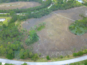 2734 SE Ranch Acres Circle