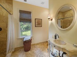Guest House Bath #2