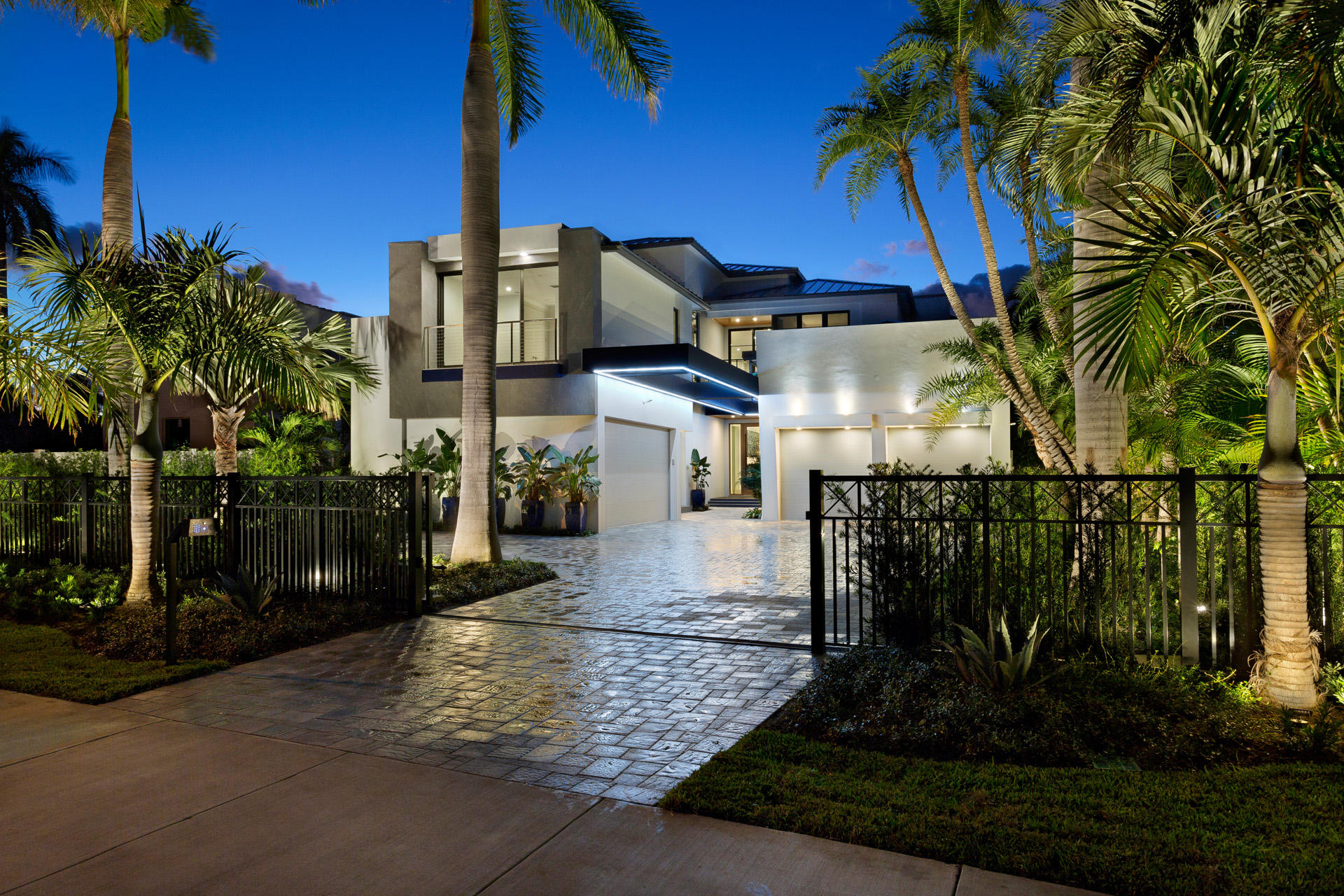 """New custom-built Randall Stofft-designed contemporary masterpiece on Ocean Boulevard, a short walk from the beach. An entertainer's showplace, this oasis of modern luxury brings laid-back elegance to indoor/outdoor living. A floating staircase highlights the window-walled open interiors. The expansive compound-like setting offers a fire-lit lanai with summer kitchen, sleek saltwater pool and two private guest houses.The information herein is deemed reliable and subject to errors, omissions or changes without notice.  The information has been derived from architectural plans or county records. Buyer should verify all measurements DISCLAIMER: The written and verbal information provided including but not limited to prices, measurements, square footages, lot sizes, calculations and statistics have been obtained and conveyed from third parties such as the applicable Multiple Listing Service, public records as well as other sources. All information including that produced by the Sellers or Listing Company are subject to errors, omissions or changes without notice and should be independently verified by any prospect for the purchase of a Property.  The Sellers and Listing Company expressly disclaim any warranty or representation regarding all information.  Prospective purchasers' use of this or any written and verbal information is acknowledgement of this disclaimer and that Prospects shall perform their own due diligence.  Prospective purchasers shall not rely on any written or verbal information provided when entering a contract for sale and purchase.  Some affiliations may not be applicable to certain geographic areas. If your property is currently listed, please do not consider this a solicitation. In the event a Buyer defaults, no commission will be paid to either Broker on the Deposits retained by the Seller.  """"No Commissions Paid until Title Passes.""""  Copyright 2018 Listing Company. All Rights Reserved."""