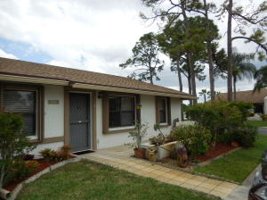 6116 Fairfield Circle, Greenacres, FL 33463