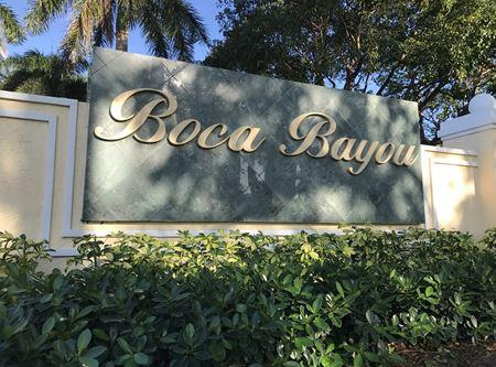 27 Royal Palm Way #205 Boca Raton, FL 33432