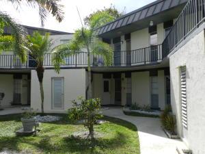 2 Greenway Village N, 207, Royal Palm Beach, FL 33411