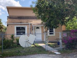 4386 Palm Avenue, West Palm Beach, FL