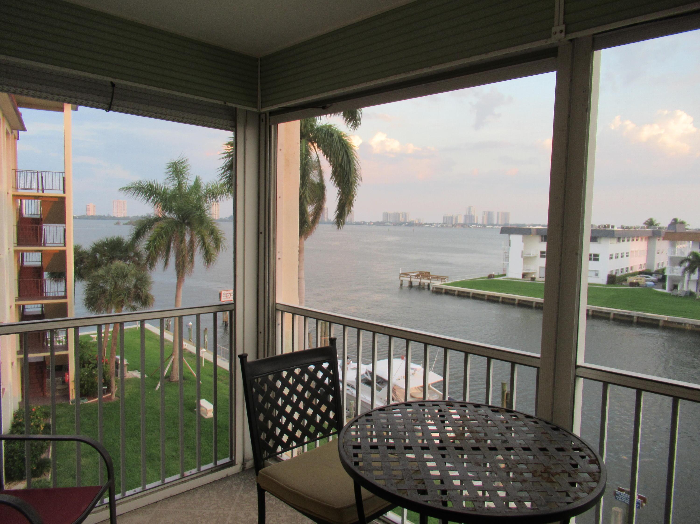 100 Paradise Harbour Boulevard North Palm Beach FL 33408