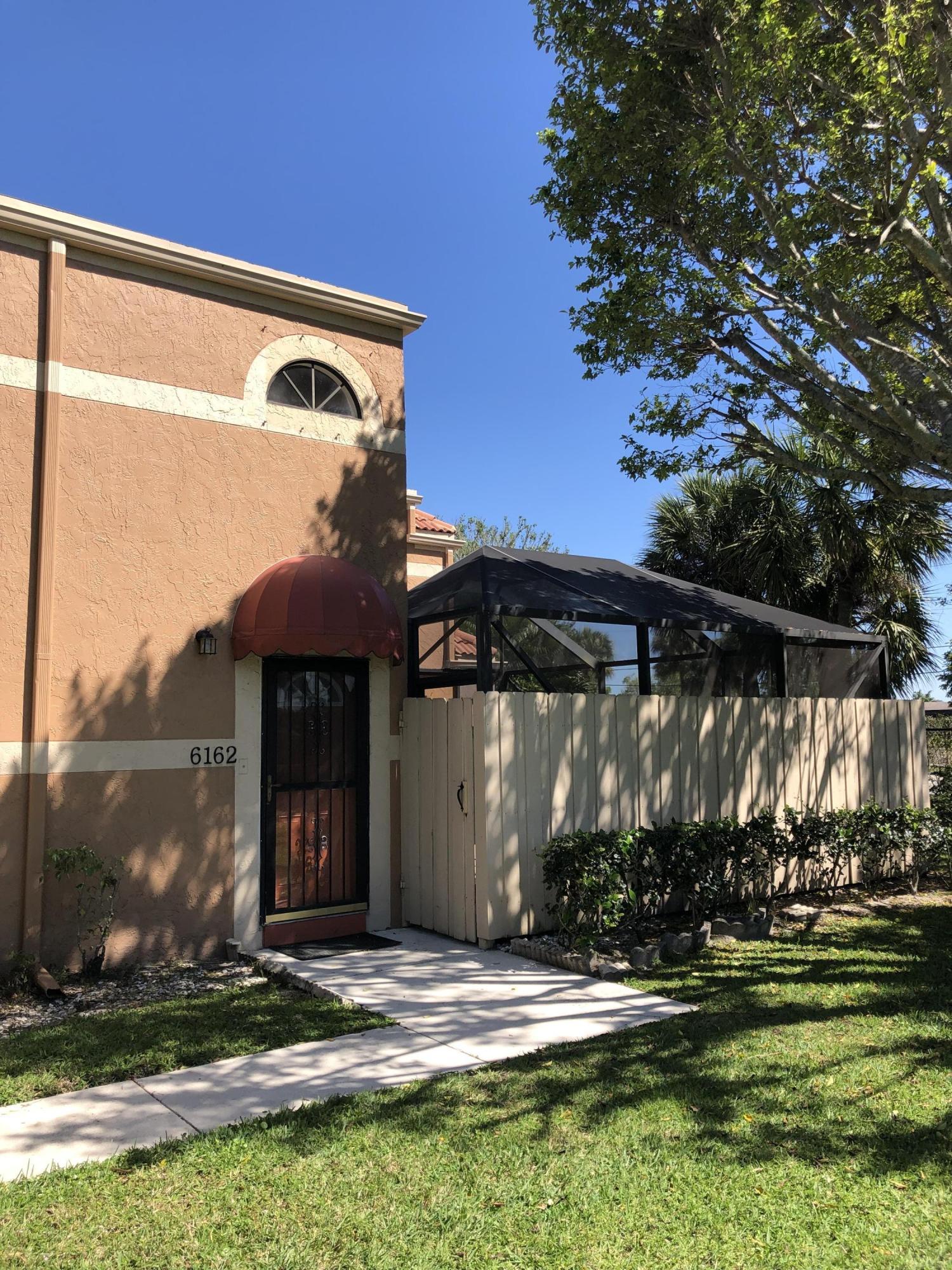 6162 Seven Springs Boulevard, Greenacres, Florida 33463, 3 Bedrooms Bedrooms, ,3 BathroomsBathrooms,Condo/Coop,For Sale,Seven Springs,26,RX-10515306