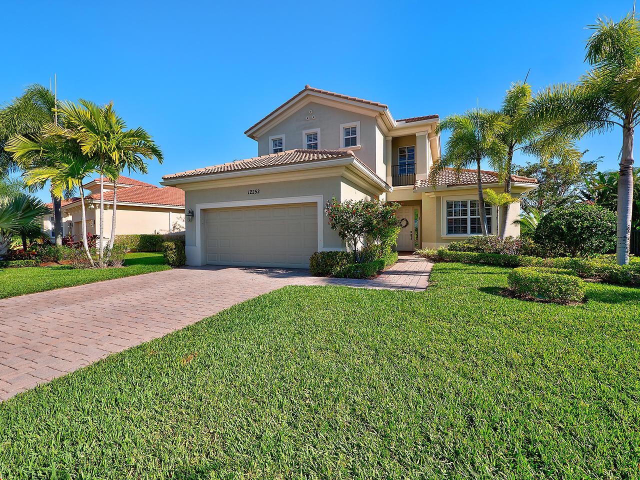 12252 Aviles Circle Palm Beach Gardens FL 33418