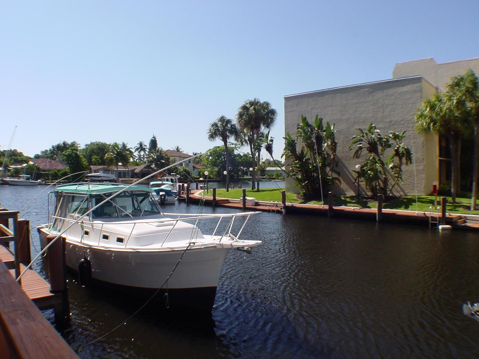 15 Royal Palm Way #206 Boca Raton, FL 33432