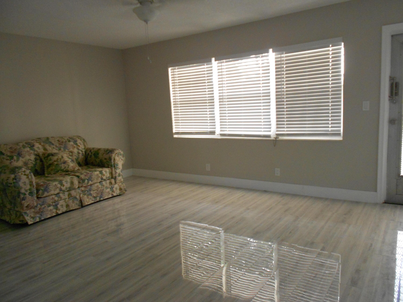 9 Salisbury A, West Palm Beach, Florida 33417, 1 Bedroom Bedrooms, ,1.1 BathroomsBathrooms,Condo/Coop,For Rent,CENTURY,Salisbury A,1,RX-10515848