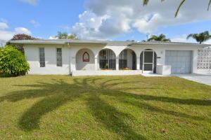 385 NE Solida Circle, Port Saint Lucie, FL 34983
