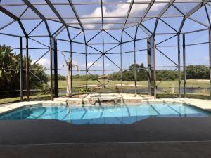 404 SW Squire Johns Lane, Palm City, FL 34990
