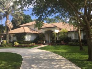 Property for sale at 92 Pacer Circle, Wellington,  Florida 33414
