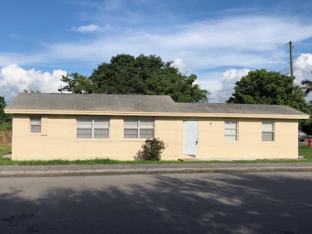 297 Booker Place Pahokee, FL 33476 RX-10515925