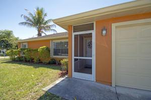 298 NW Biltmore Street, Port Saint Lucie, FL 34983
