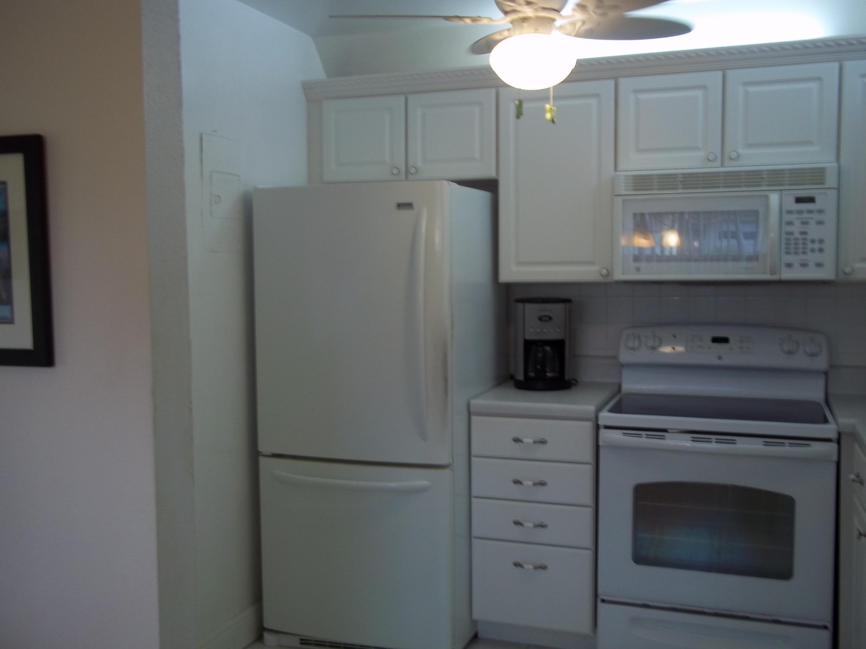 214 Saxony E, Delray Beach, Florida 33446, 1 Bedroom Bedrooms, ,1.1 BathroomsBathrooms,Condo/Coop,For Rent,Kings Point,Saxony E,1,RX-10510879
